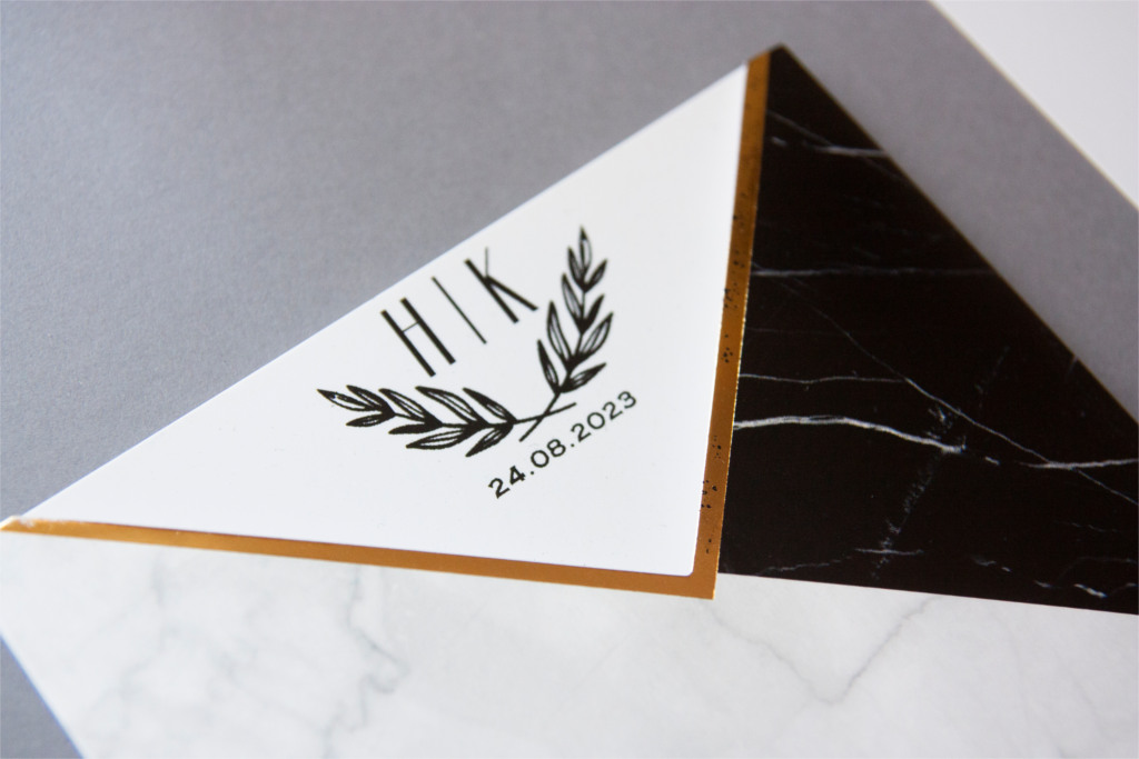 siyah beyaz mermer desenli davetiye